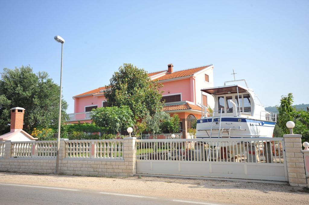 villa Sukosan